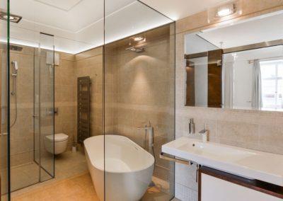 Thunovska_4NP_koupelna loznice