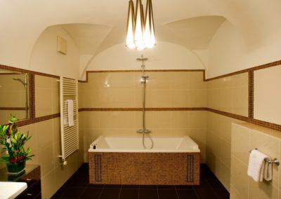 u zlate studne_koupelna